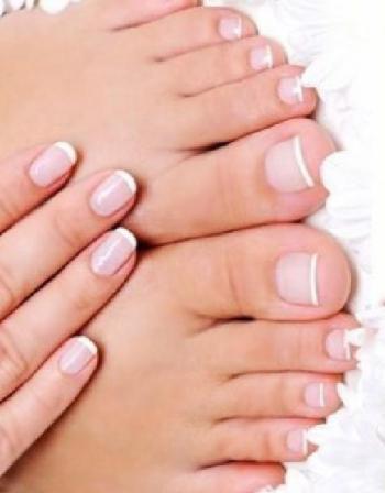 Basic Manicure / Pedicure